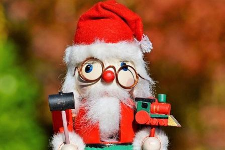 マクロミル 一足早いクリスマスキャンペーン!当選者は700名!