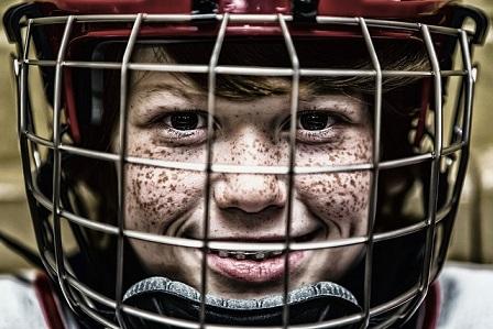 warau(ワラウ) 無料ゲーム「SparkHockey」を攻略しよう